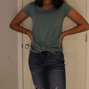 Blue knotted bottom tee